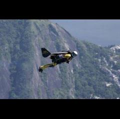 breitling-yves-rossy-jetman-soars-over-the-rio-de-janeiro-skyline-0-240x160