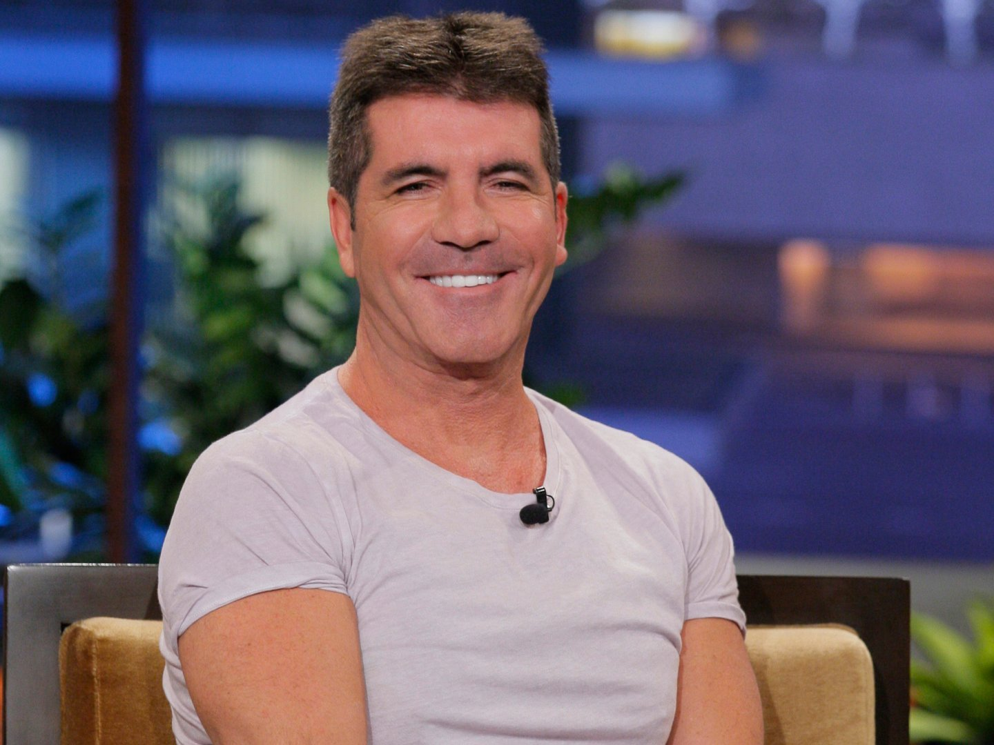 Simon-Cowell-Tight-tshirt-43