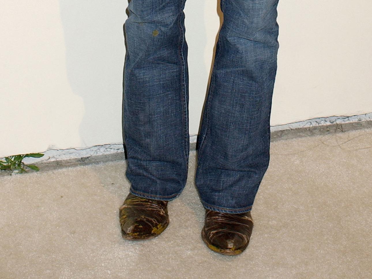 kiefer-sutherland-jeans-43
