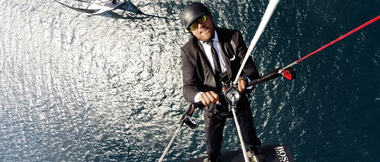 Alex Thomson: Success in a Suit