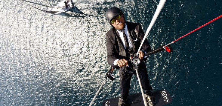Alex Thomson: Success in a Suit